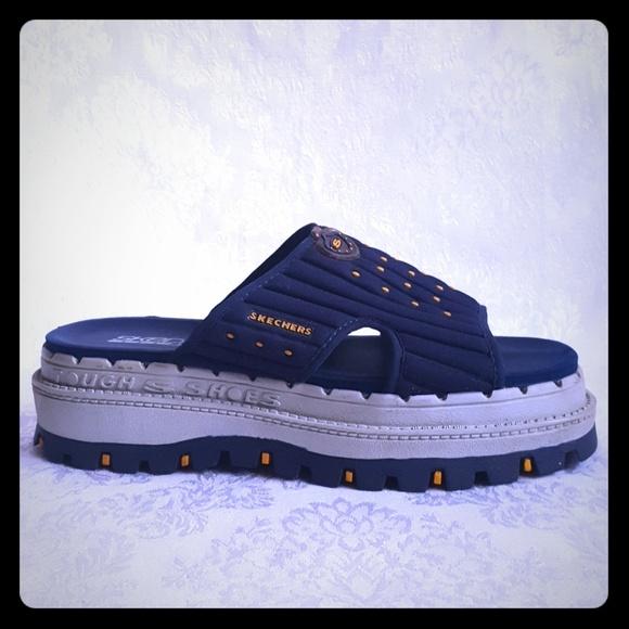 5560e09369a450 Skechers Retro 90 s Chunky Heel Slide Sandal. M 5aa317d3a6e3eaa1dceeed51